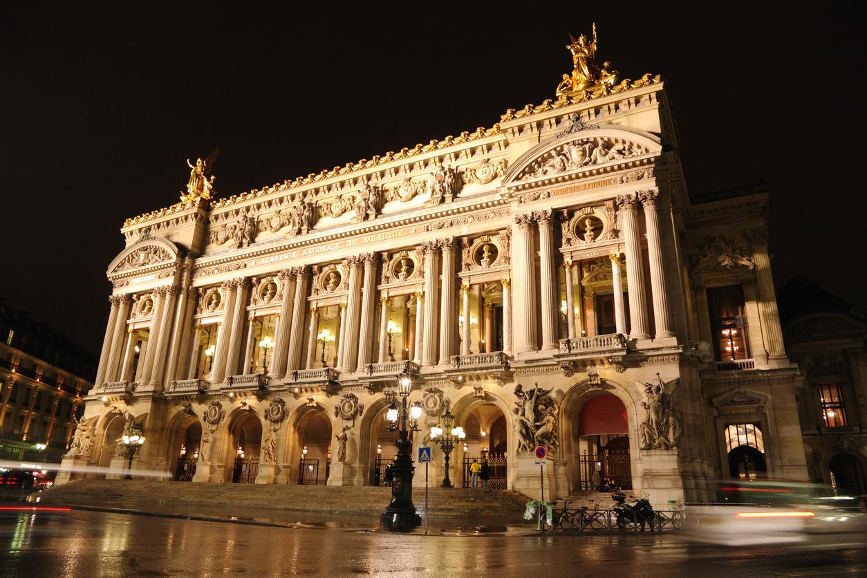 """Операта """"Пале Гарние"""" е проектирана от Чарлз Гарние."""