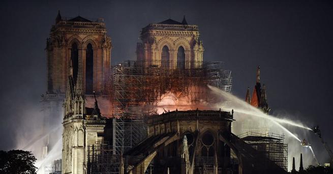 Разследващите вярват, че късо съединение е най-вероятната причина за пожара