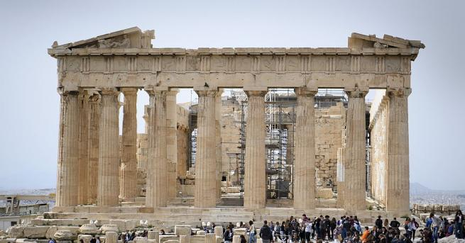 Гръцкото министерство на културата съобщи, че ще има извънредно тричасаво