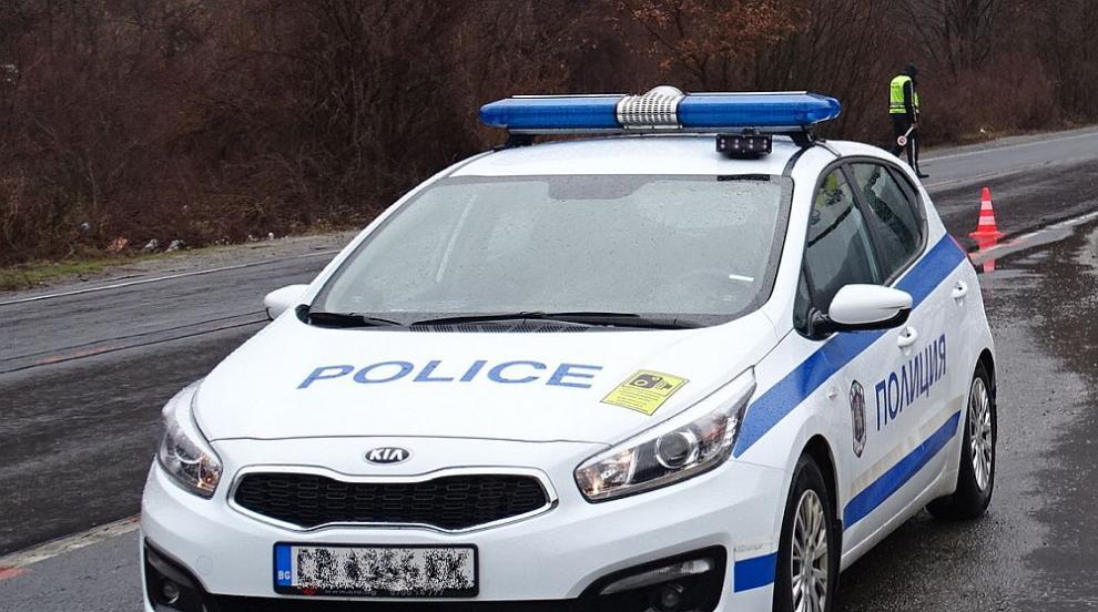 Един загинал и петима ранени при катастрофа край Сливен