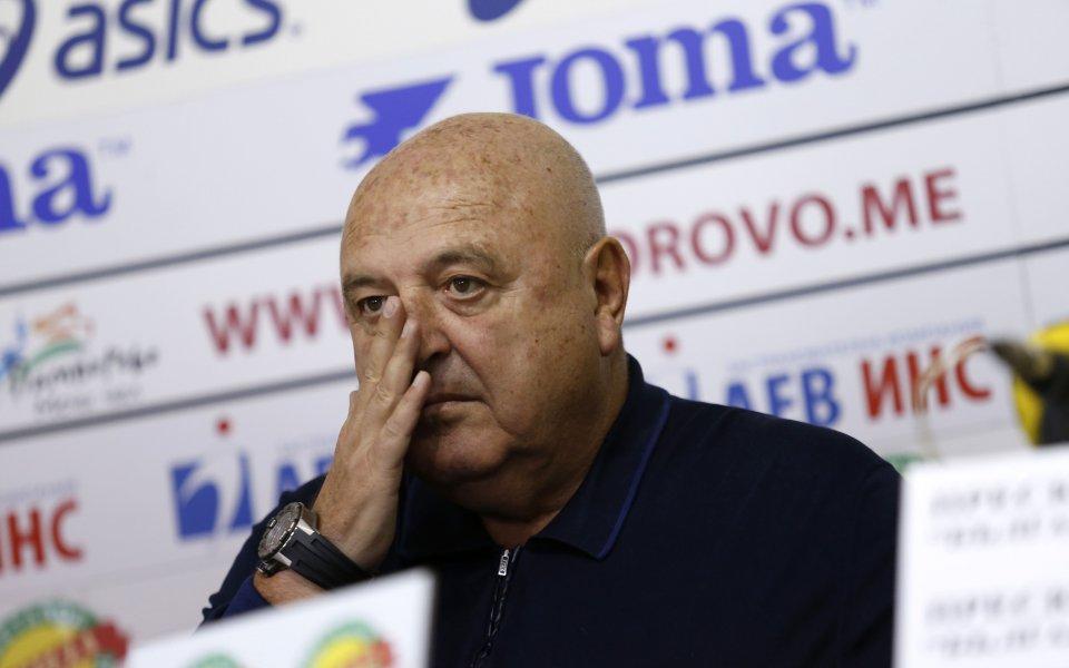 Венци Стефанов категоричен: Няма уредени мачове в България