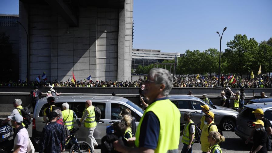 Насилие на протеста на жълтите жилетки