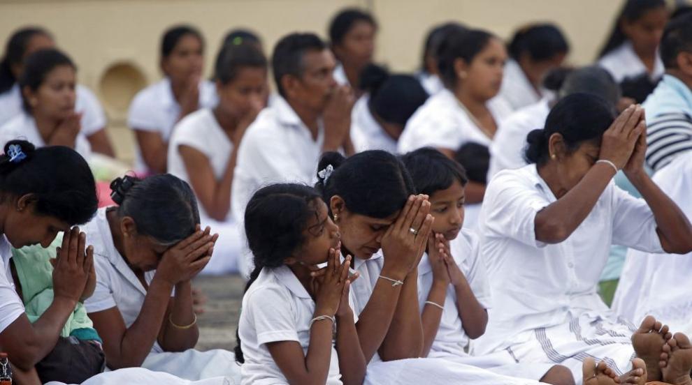Кървав Великден в Шри Ланка, шест експлозии убиха десетки (ВИДЕО)