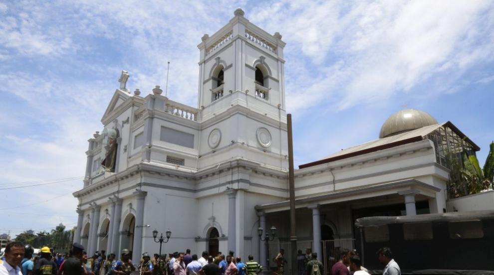 Няма данни за пострадали българи при атаките в Шри Ланка