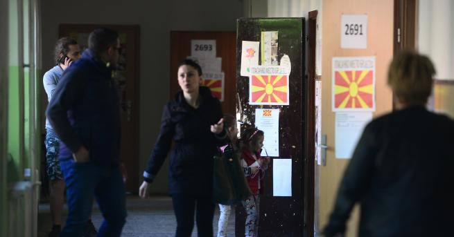 Снимка: Под 30% избирателна активност на изборите в Македония