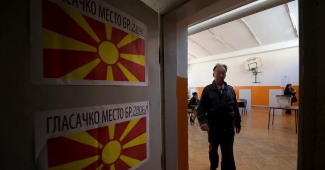 Снимка: Пендаровски и Силяновска отиват на балотаж за президент на Северна Македония
