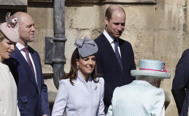 Херцогинята на Кеймбридж Кейт Мидълтън и кралица Елизабет II