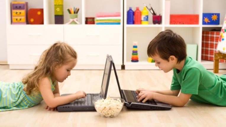 деца медии компютри интернет Асоциация Родители възпитание нови технологии