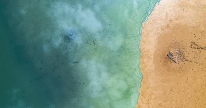 Снимка: Нефтен разлив близо до Рио де Жанейро