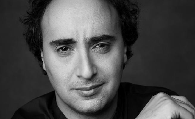 Марио Хосен се завръща на българска сцена с голям спектакъл