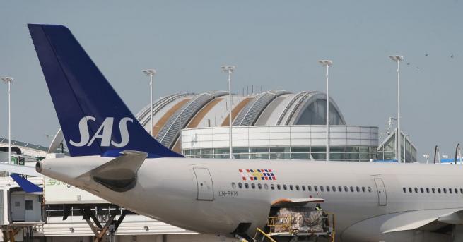 Скандинавската авиокомпания САС (SAS) отмени 587 полети за неделя, което