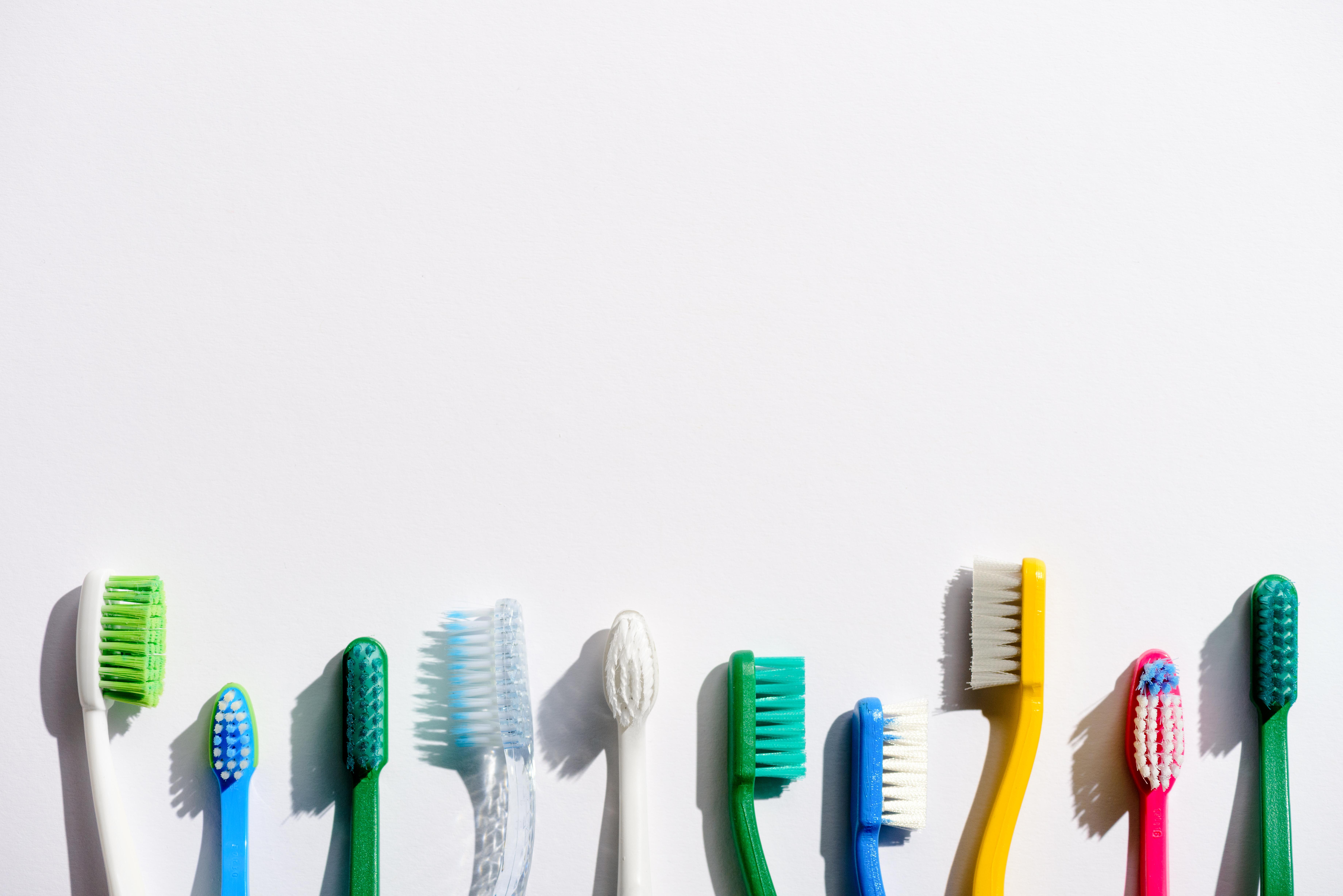 За ексфолиране на устни.<br /> За сочни, здрави, меки устни можем да използваме четката за зъби за ексфолиране.