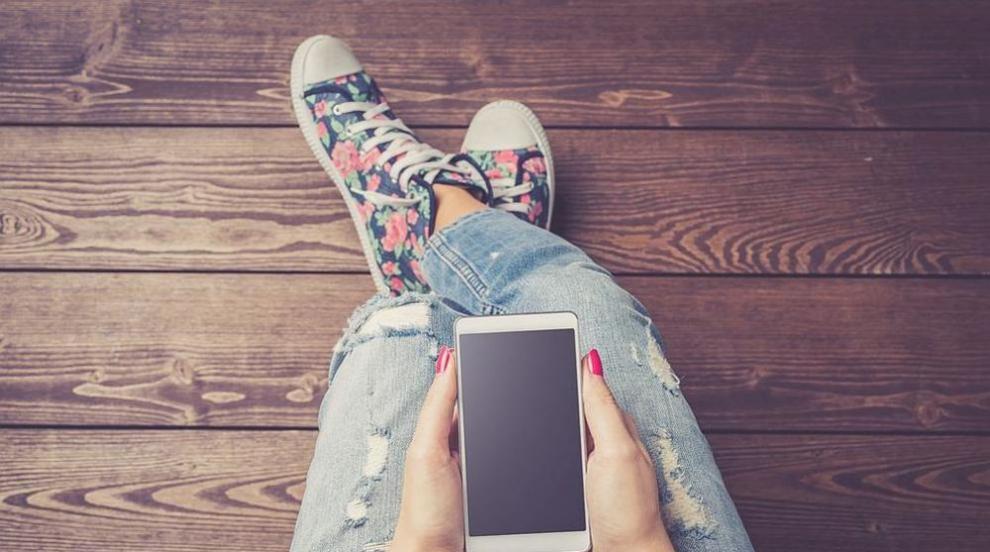 Странните мобилни приложения, които превзеха ежедневието ни (ВИДЕО)