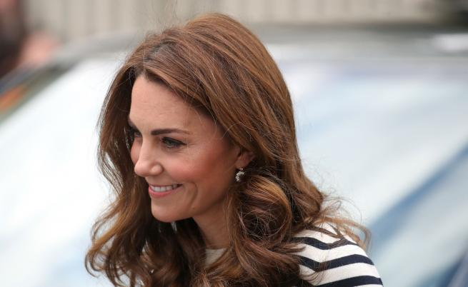 Кейт изглежда шик в компанията на принц Уилям (СНИМКИ)
