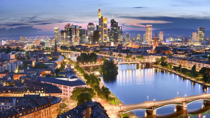 Спечели пътуване до Франкфурт, изпълнено с изкуство и още нещо