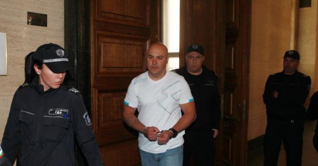 Стефан Стефанов, който държа като заложници шест банкови служителки в
