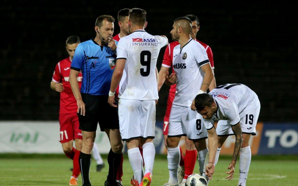 Славия победи Ботев Враца с 2:1 в контролна среща, която