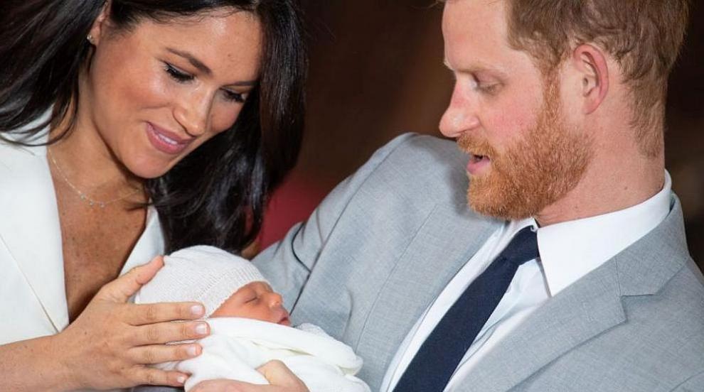Най-нежният кадър: Принц Хари и Меган показаха нова снимка на сина си