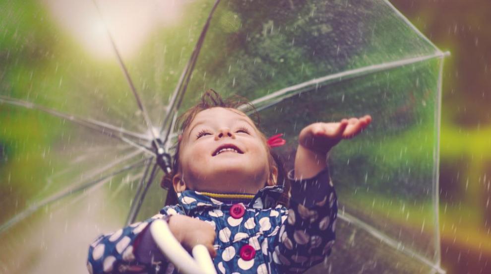 Капризите на юни и следващите дни, слънце и жега до обяд, дъжд - следобед