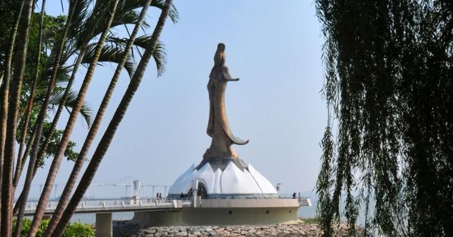 Статуя на Св. Винсент Ферер беше официално призната от Гинес