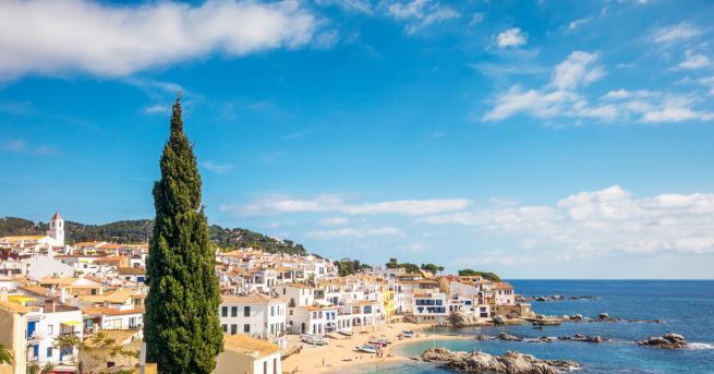 Посетителите от чужбина могат да се върнат в Испания от