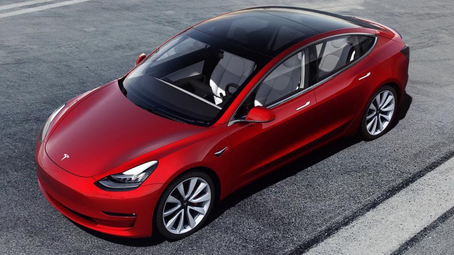 Мъск иска по-евтин Model 3 хечбек за Европа, който да конкурира VW ID.3
