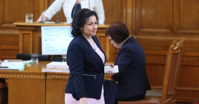 Парламентът освободи Румен Порожанов от поста министър на земеделието, горите