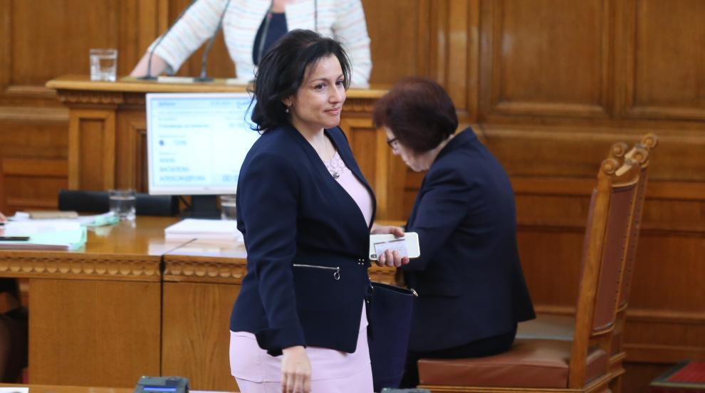 Десислава Танева оглави земеделското министерство (ОБЗОР)