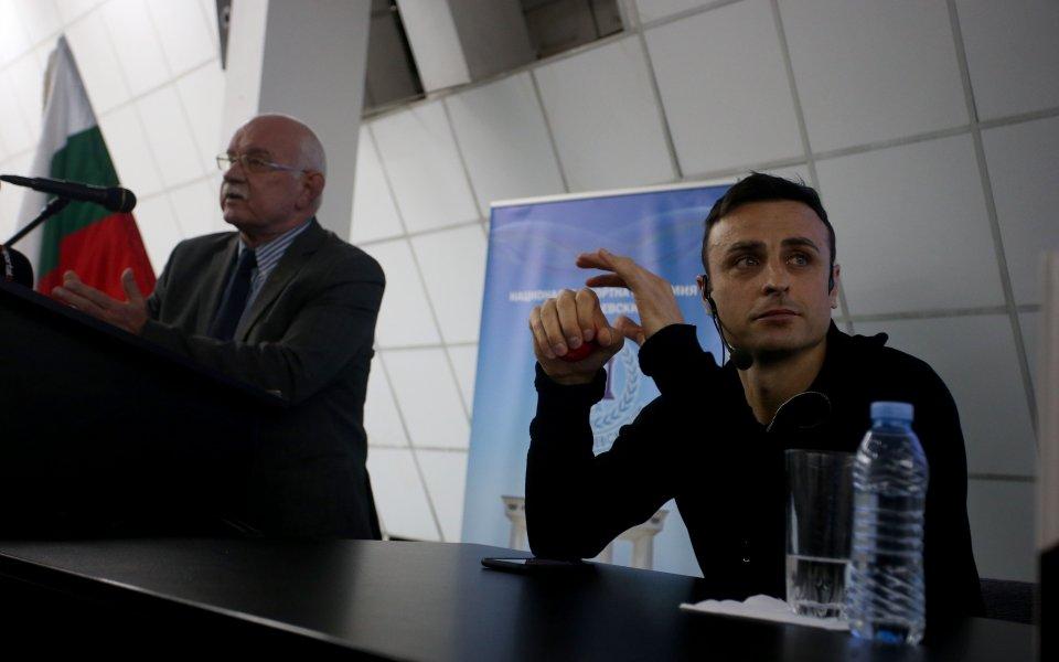 Адвокат Василев: Бербатов е идеален за шеф на БФС
