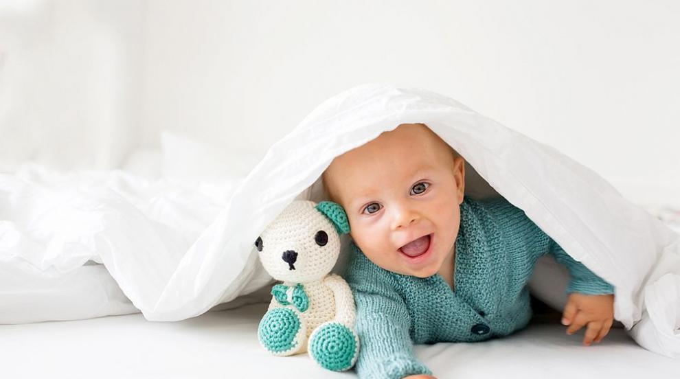 Какво се случва през седмия месец на бебето? (ВИДЕО)