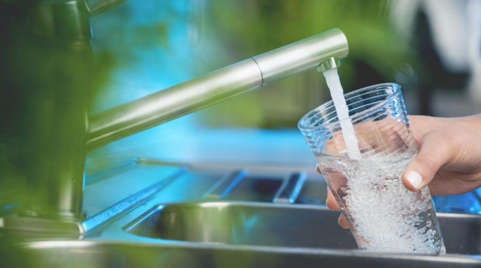 Пуснаха водата в Стрелча, но е негодна за пиене