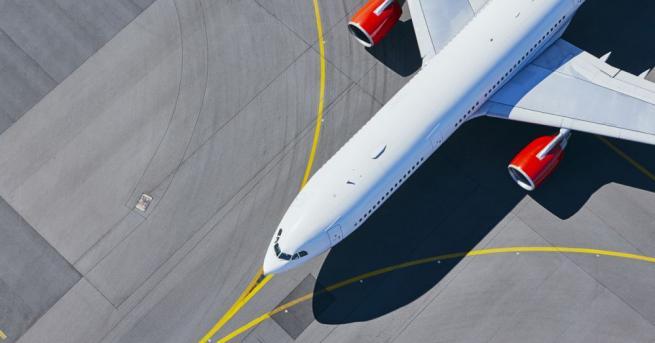 Американските власти преустановяват временно всички пътнически и товарни полети от