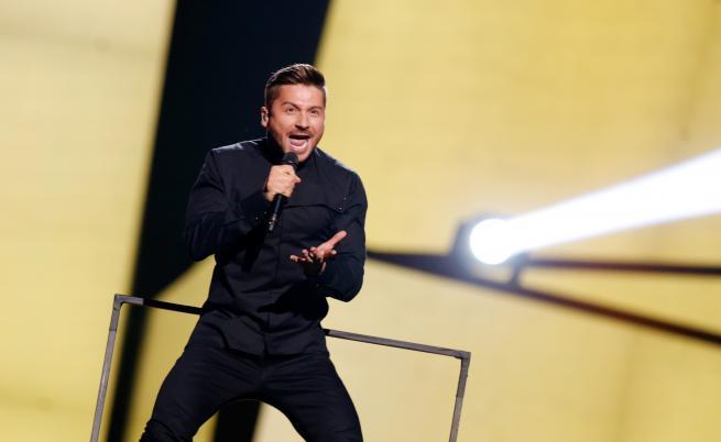 """Сергей Лазарев на сцената на """"Евровизия"""" през 2016г."""