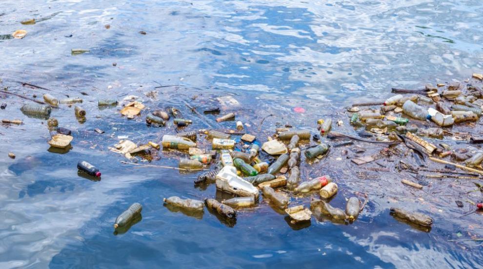 Отдалечен австралийски архипелаг е потънал в отпадъци