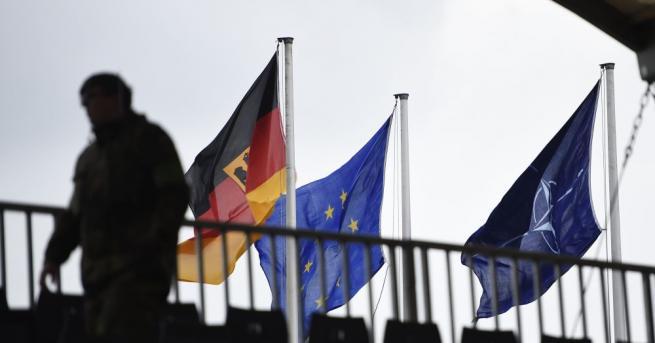 Европейският съюз (ЕС) защити стремежа си да реформира европейската отбранителна