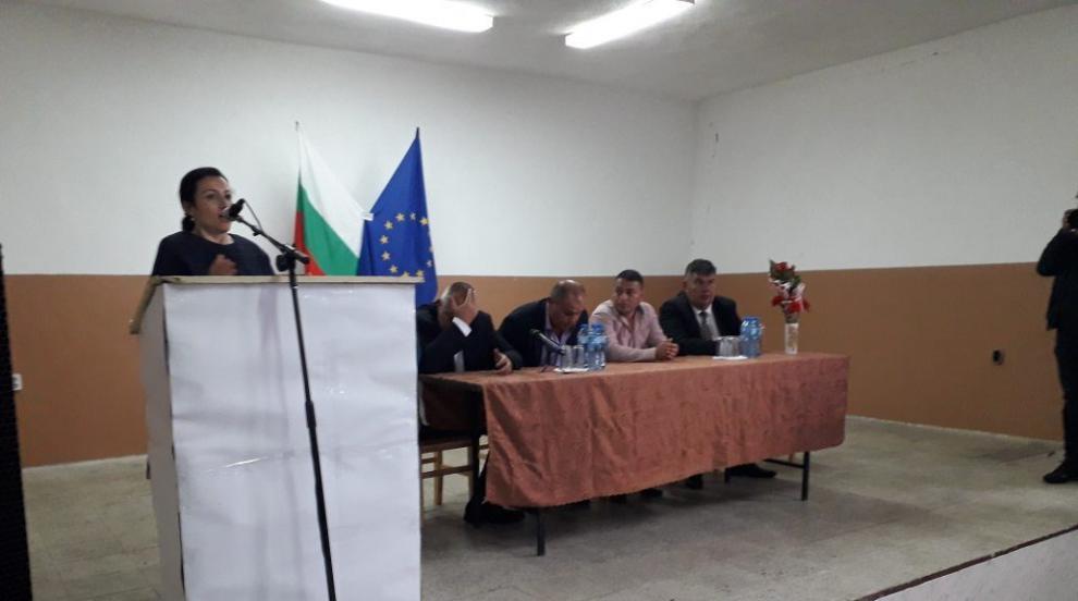 Министър Десислава Танева: До 10 дни започват работа още ракетни площадки