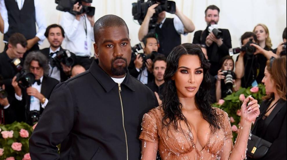 Ким Кардашиян показа новородения си син и разкри името му (СНИМКА)
