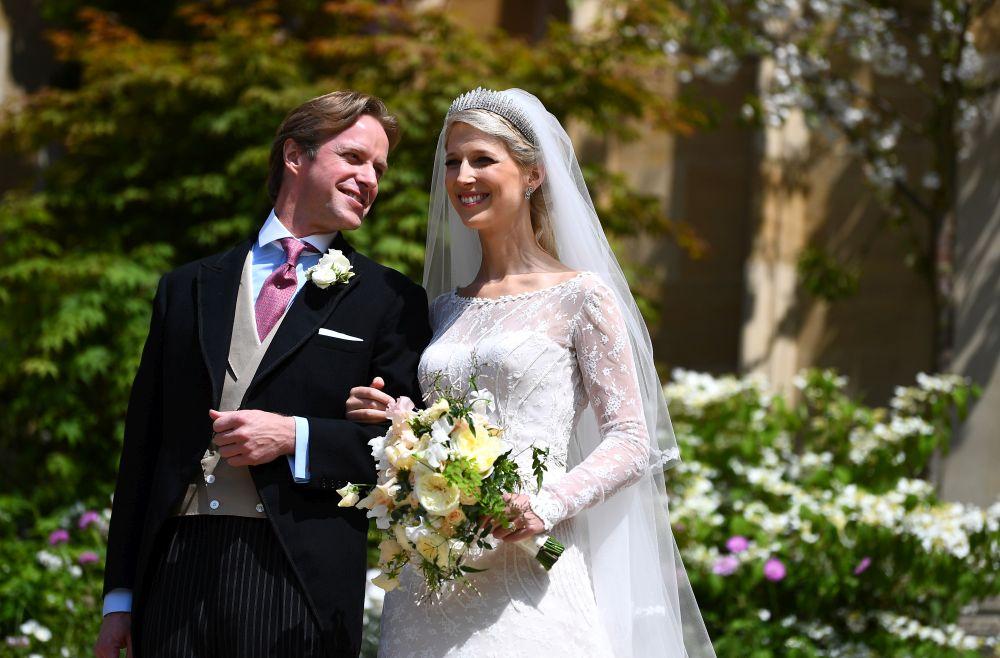 """Влюбените се венчаха в параклиса """"Сейнт Джордж"""" в замъка Уиндзор."""