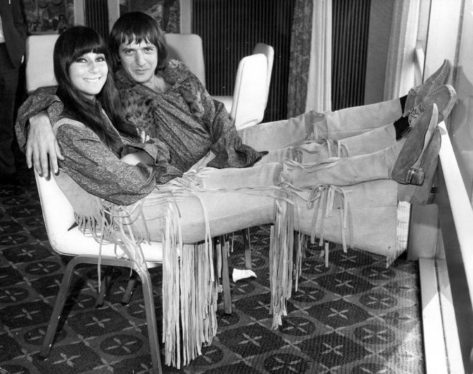 <p>Шер с дуетната си половинка Сони Боно, 1965 г.</p>