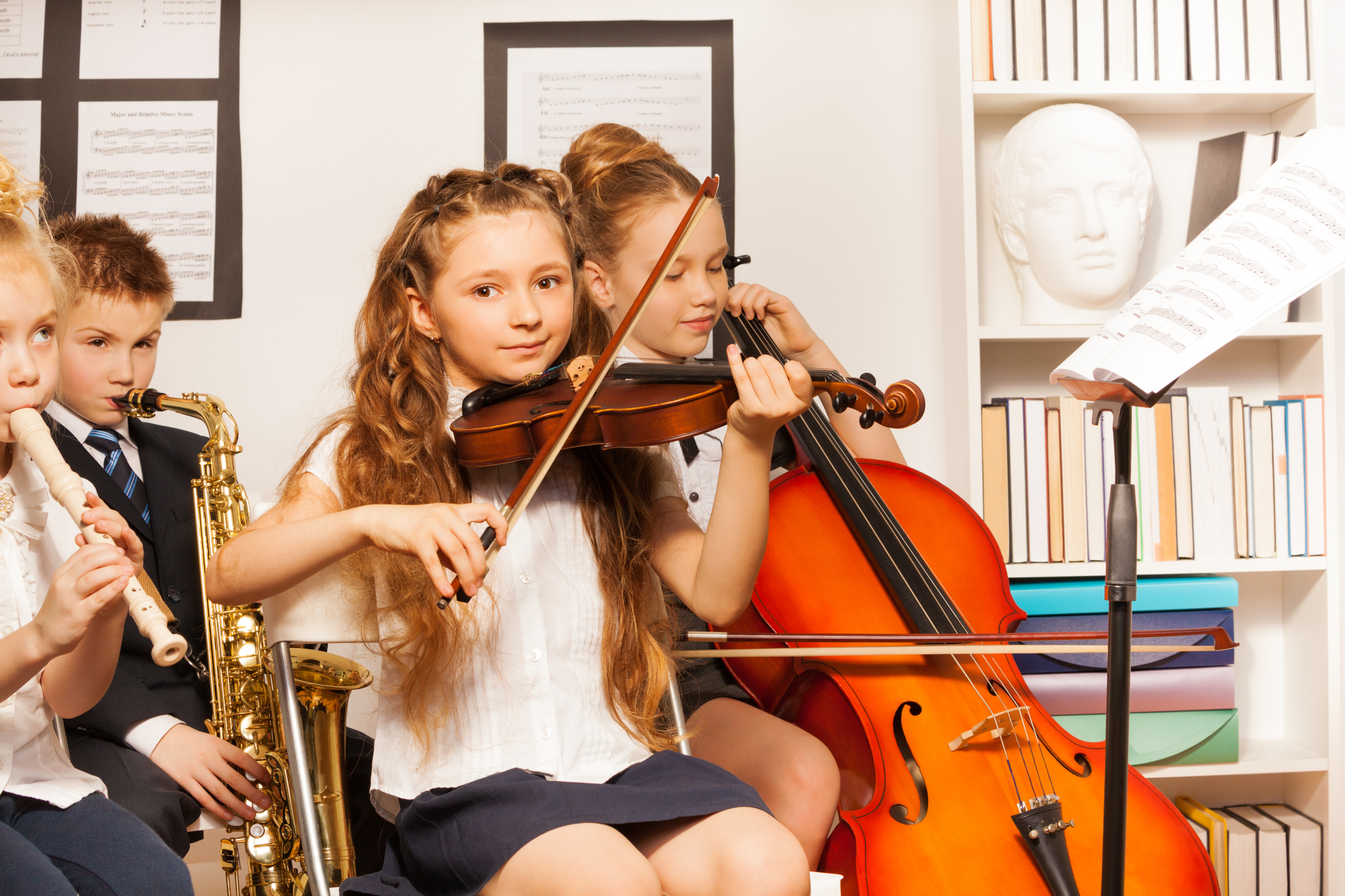 Слушането на класическа музика развива мисленето на децата и способността им да разсъждават.