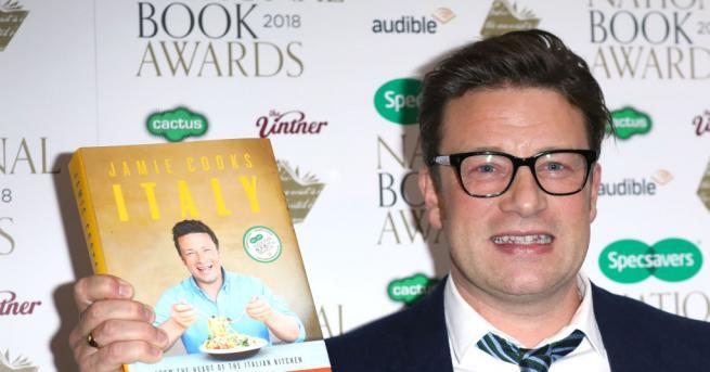 Ресторантската верига на звездния готвач Джейми Оливър обявява фалит, застрашавайки