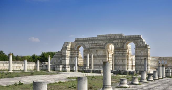 Националните историко-археологически резервати