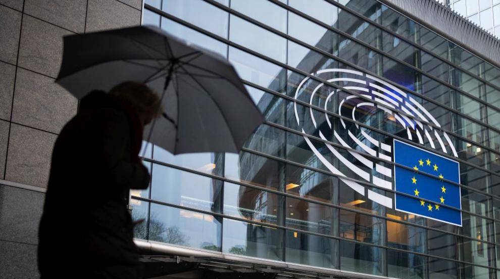 Защо Европарламентът се мести между Брюксел и Страсбург?