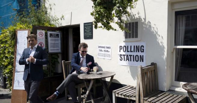 Британската избирателна комисия заяви, че правителството не й е дало