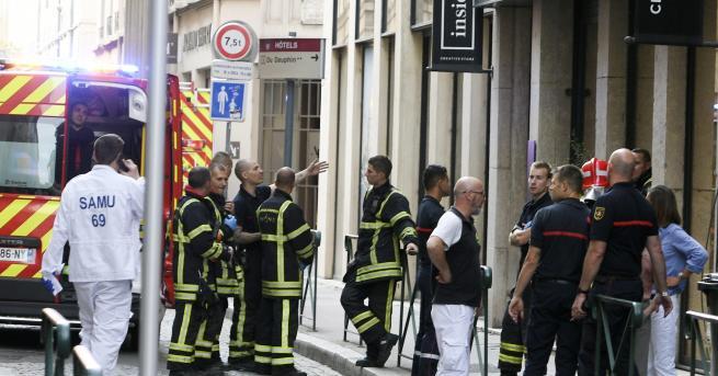 Свят Експлозия в Лион, ранени пешеходци Пакет с взривни вещества