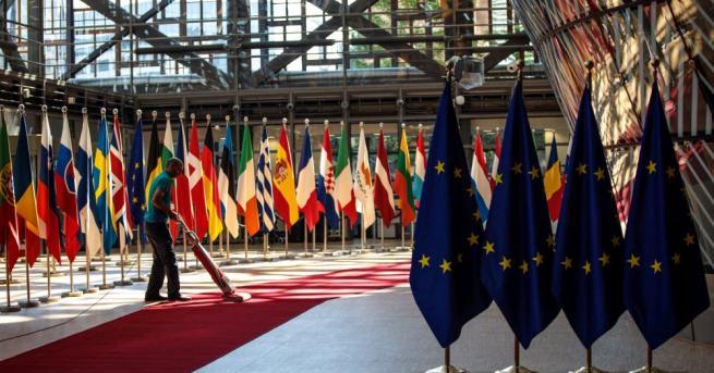 Работата на Европейския парламент в числа Близо 4 евро е