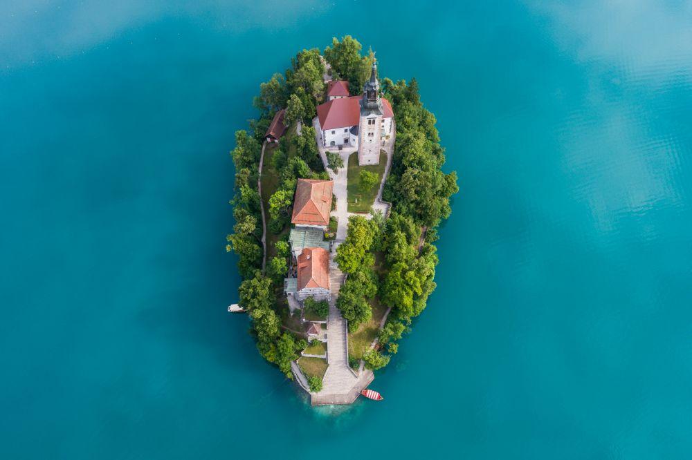 Красивото езеро Блед - перлата на Словения