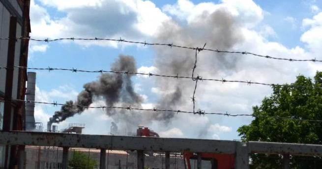 Трима мъже пострадаха при пожар, избухнал в сушилнята във фирма