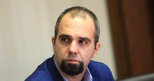 """""""Българинът потвърди сегашната конфигурация и даде по-силно присъствие на БСП"""