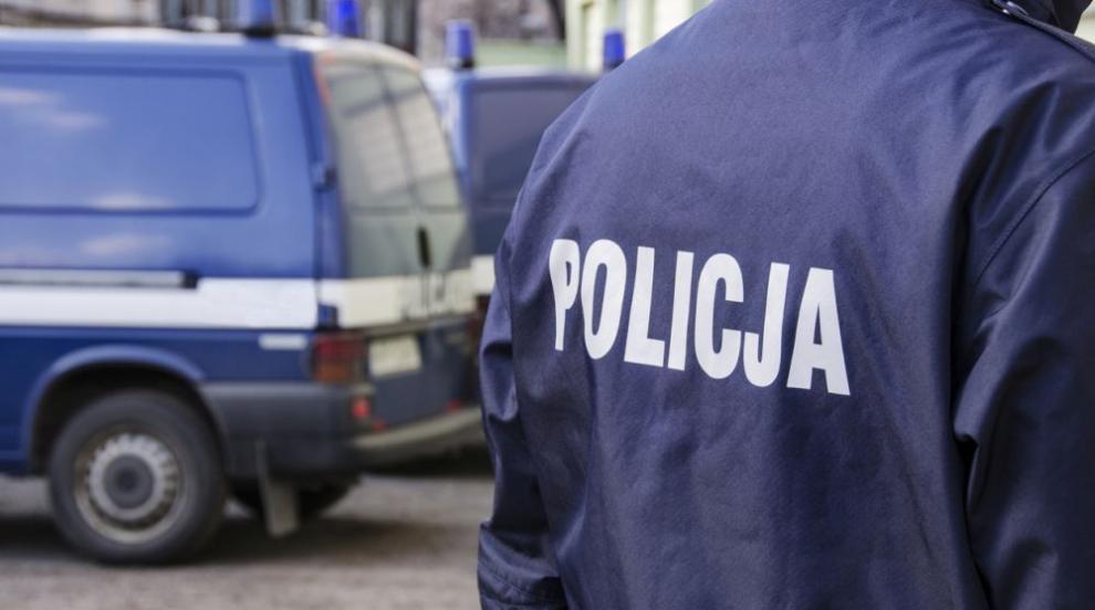 Двама ранени при стрелба в училище в Полша